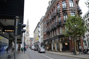 Antwerpen reminds me of Gastown in Vancouver a little bit